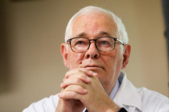 Рошаль назвал пандемию COVID-19 «репетицией биологической войны»