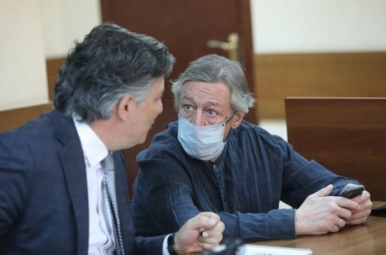 Ефремов не признал вину в смертельном ДТП