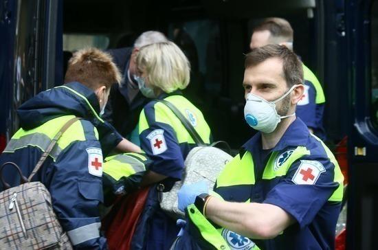 Четвертый самолет МЧС РФ со спасателями и врачами прибыл в Бейрут