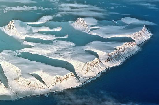 Частным инвесторам предлагают упростить доступ к недрам арктического шельфа России