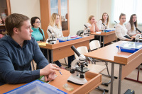 Новые образовательные стандарты рассчитывают принять в 2020 году, заявили в Минпросвещения
