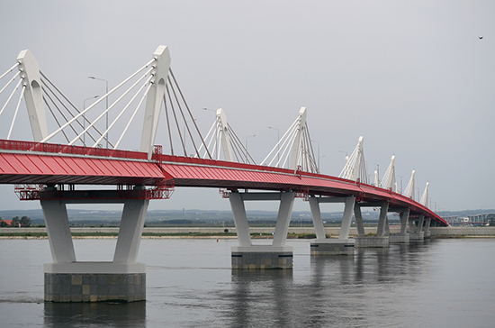 Минтрансу поручили создать инфраструктуру у строящегося железнодорожного моста в Китай