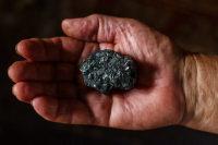 Шахтёрам на пенсии выделили «угольный паёк»