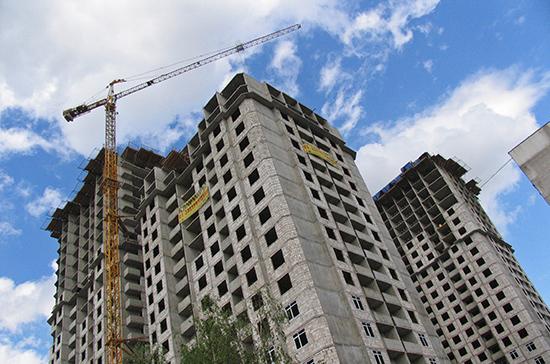 Ввод жилых домов в России в июле упал на 4,5%