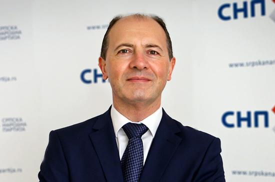 Сербский депутат назвал «политическим землетрясением» результаты парламентских выборов в Черногории