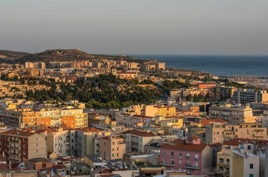 СМИ: на Сардинии зафиксирован первый смертельный случай второй волны COVID-19