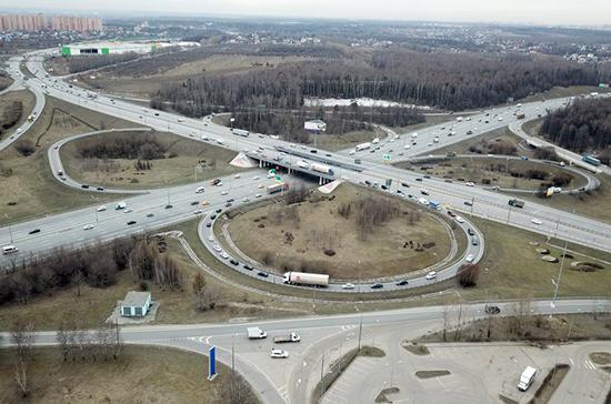Кабмин выделил почти 5 млрд рублей на развитие дорог в регионах