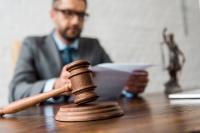 Адвокатов берут под защиту
