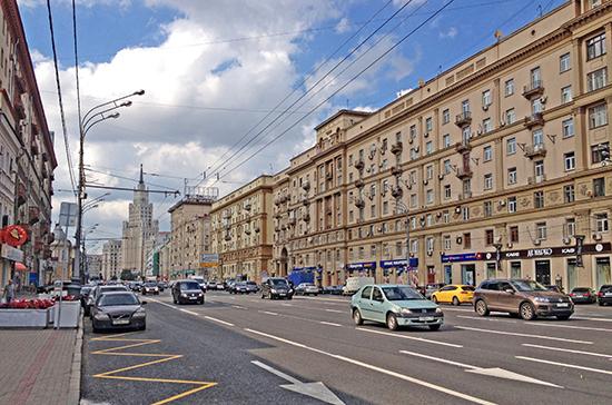В Москве выделенные полосы на ещё 82 улицах будут работать ежедневно