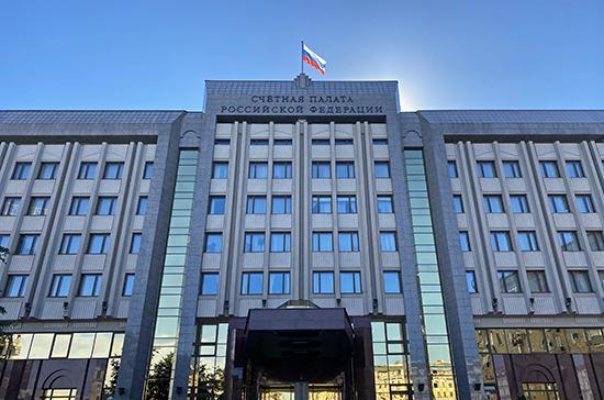 Счетная палата проверит выплаты медикам за борьбу с COVID-19
