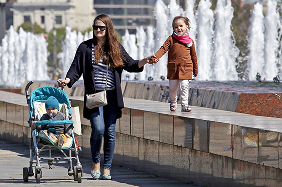 В России ежемесячные выплаты назначены 3,5 млн детей от 3 до 7 лет