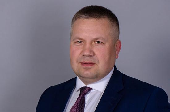 Сенатором от Ненецкого автономного округа утвержден Денис Гусев
