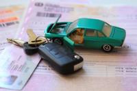 В Минфине рекомендовали автовладельцам заранее предоставлять документы на ОСАГО