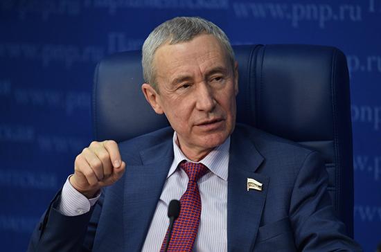 Климов: резолюция о продлении «изоляции» России серьёзно дискредитирует Европарламент
