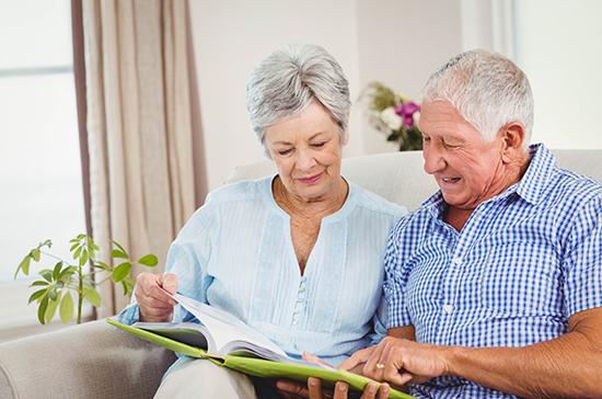 В России предложили ввести внеденежный расчёт для пенсионеров и малоимущих