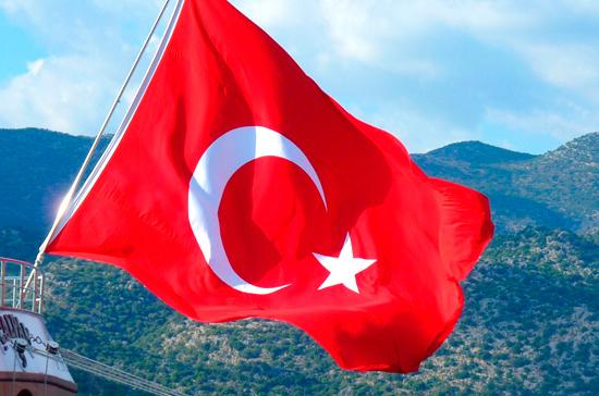 Автобус с российскими туристами попал в аварию в Турции