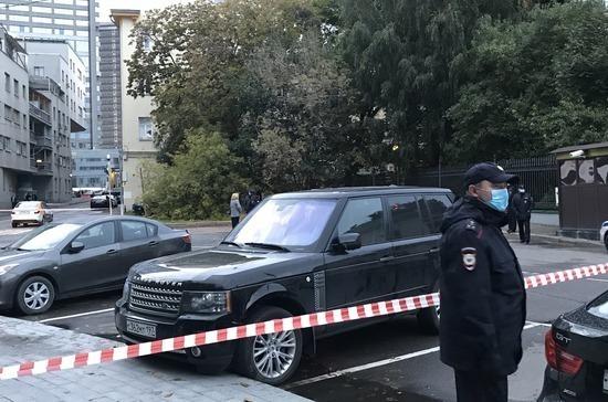Неизвестный ворвался на территорию резиденции посла США в Москве