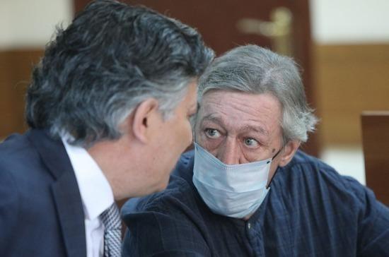 Ефремов заступился за своего бывшего адвоката Пашаева