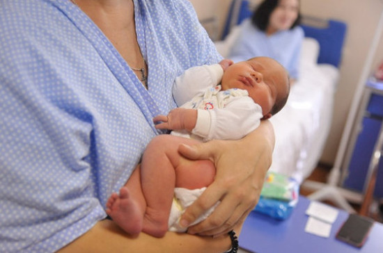 Перенёсшие коронавирус женщины могут передавать антитела с грудным молоком