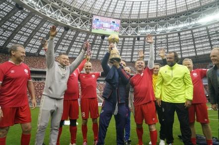 В «Лужниках» завершился Кубок Государственной Думы по футболу