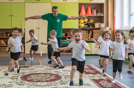 Закрыть потребность в детсадах могут помочь частники, считает Фёдоров