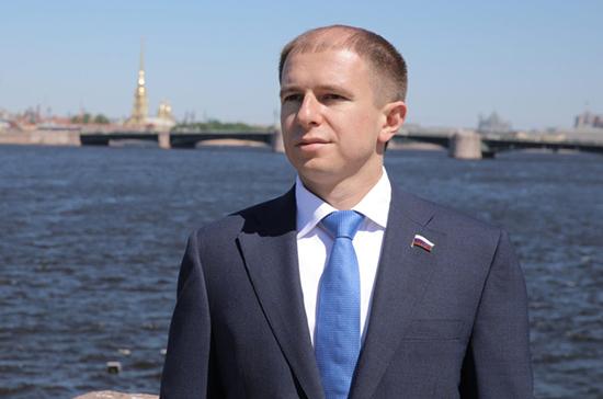 В реке Славянка в Петербурге обнаружено повышенное содержание загрязняющих веществ