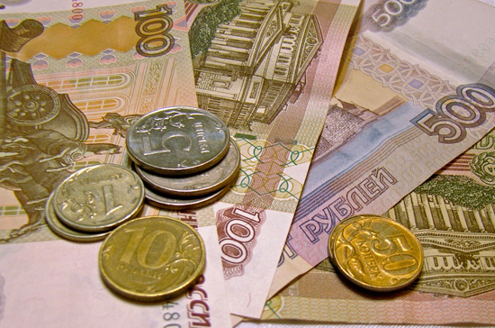 Эксперт: предпосылок для паники из-за падения рубля нет