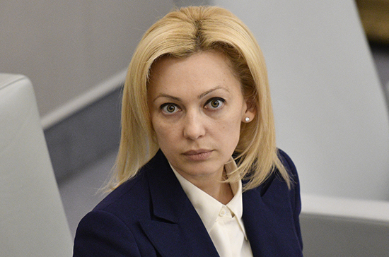 Тимофеева поздравила соцработников с профессиональным праздником