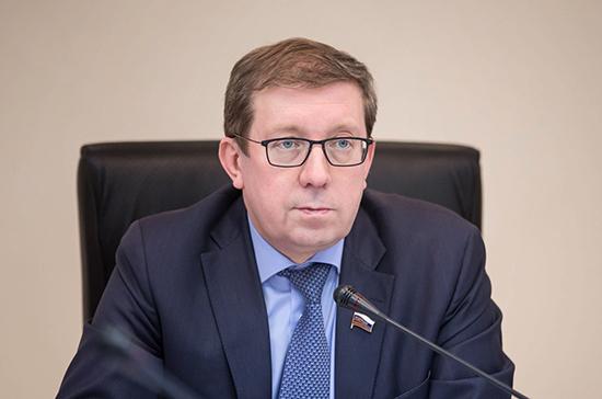 Майоров рассказал, что нужно сделать для пресечения бесконтрольного вывоза необработанной древесины