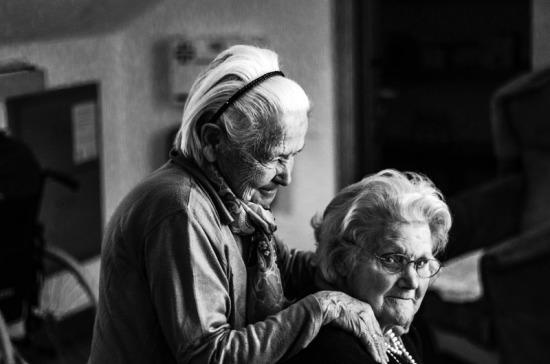 Саратовские депутаты разработают законопроект о контроле частных домов престарелых
