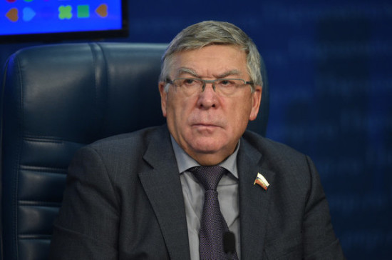 Рязанский призвал поднять возраст, с которого разрешена покупка алкоголя, до 21 года