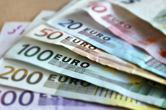 Гражданам Литвы могут выплатить 13-ю пенсию