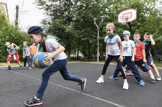 Выпускники вузов смогут работать одновременно тренером и учителем физкультуры