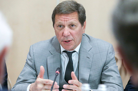 Пенсии в 2021-2023 годах будут расти выше инфляции, заявил Жуков