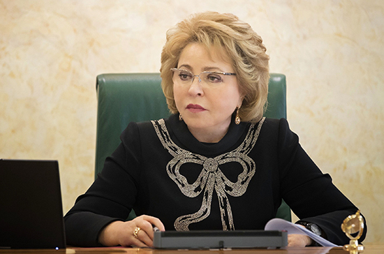 Матвиенко обсудила экономическое положение Архангельской области с главой региона