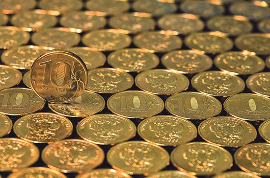 Жуков: бюджет предусматривает укрепление рубля в 2021 году