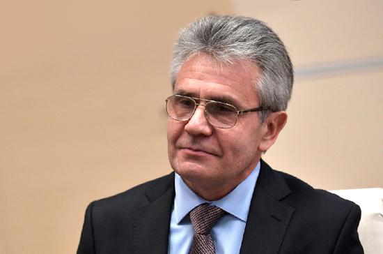 Президент РАН отметил ангажированность в решениях Нобелевского комитета