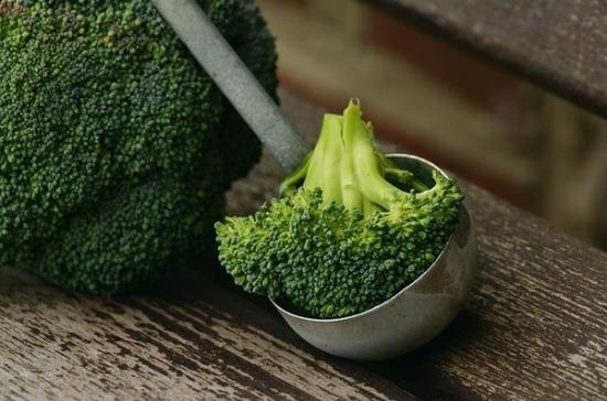Диетолог назвала продукты, которые помогут похудеть