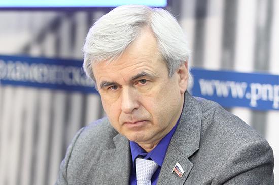 Госдума освободила Лысакова от должности первого зампреда Комитета по госстроительству