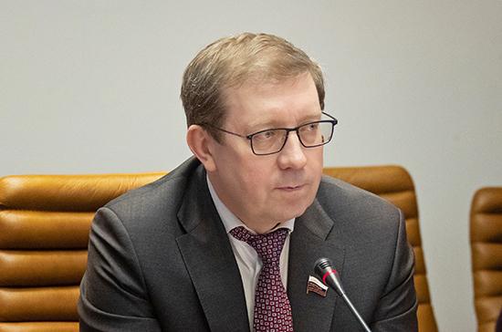 Майоров призвал учитывать экологические риски во избежание ситуаций, подобных аварии в Норильске