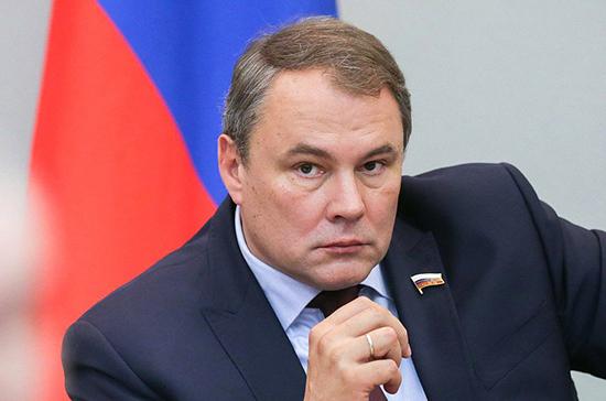 Толстой призвал коллег по ПАСЕ отказаться от практики «двойных стандартов» по отношению к России