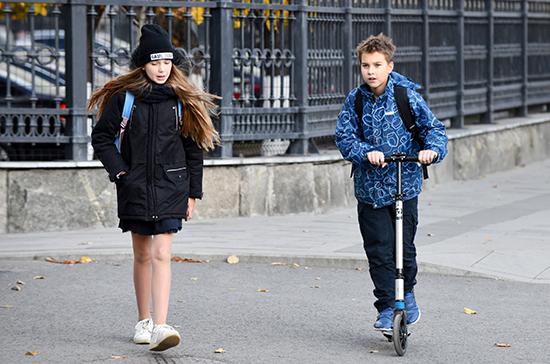 В России 115 школ перевели учащихся на дистанционное обучение