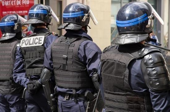 Во Франции задержали ещё четырёх человек по делу об убийстве преподавателя