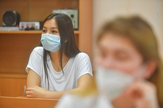 В Рособрнадзоре заявили, что пока не обсуждают вопрос отмены ОГЭ для учащихся 9 классов