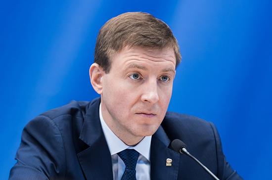 Турчак предложил увеличить финансирование строительства спортивных площадок в регионах
