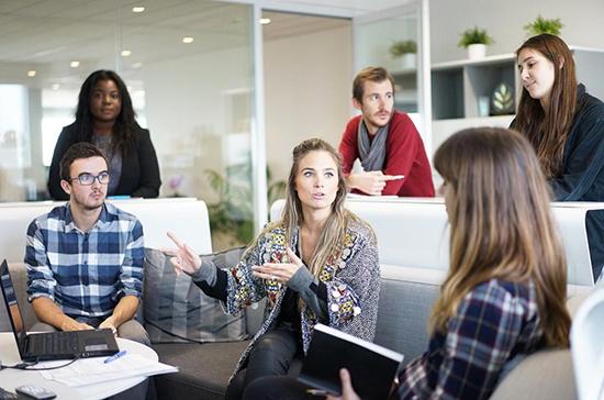 Некоммерческим организациям хотят упростить наём временных сотрудников