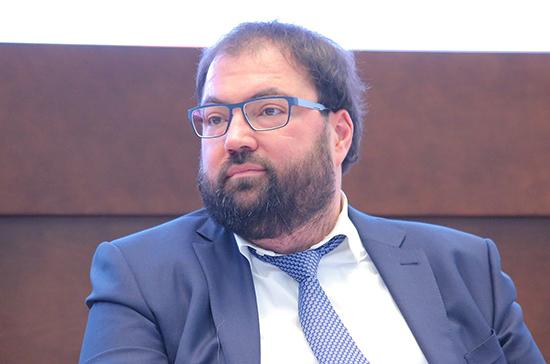 Глава Минцифры выступит в Совете Федерации