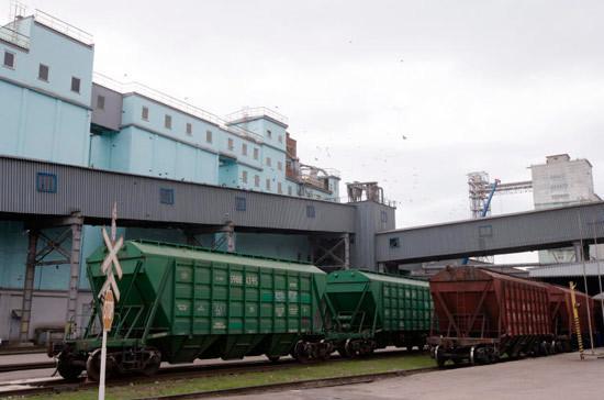 Для компенсации расходов на перевозку отечественных товаров выделят 5 млрд рублей