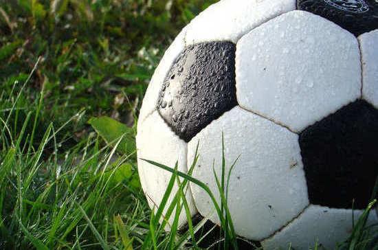 Когда в России прошёл первый официальный футбольный матч