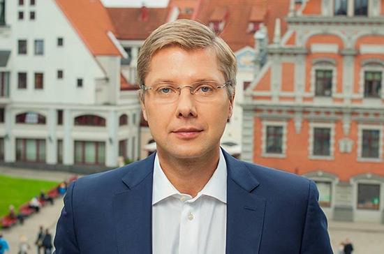 Прокуратура Латвии обратилась в Европарламент с просьбой снять иммунитет с Нила Ушакова